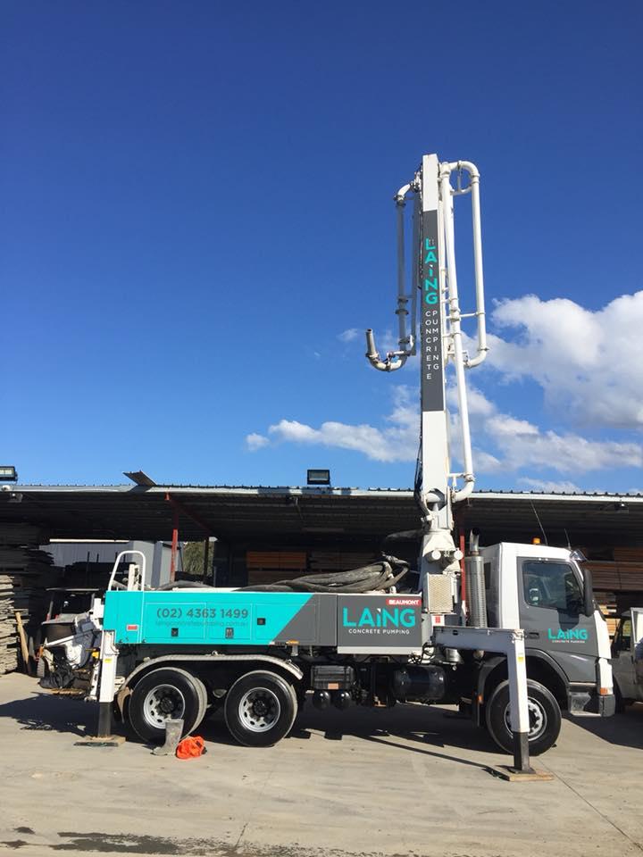 24m concrete pump truck extended