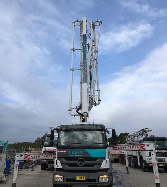 36m concrete pump truck extended