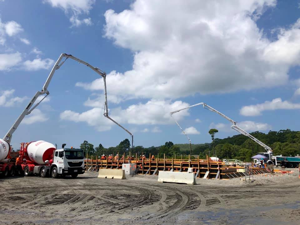 Huge Job 550m3 Concrete Pour 2 Pump Trucks